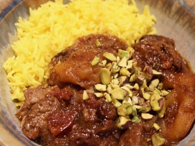 Lamb with Raisins and Apricots